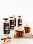 gingerbread-cupcakes-11.2019-770x1024